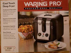 Waring Professional Quality Cool Fryer for Sale in Kailua-Kona, HI