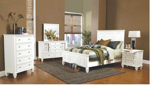 Sandy Beach White Queen Four-piece Bedroom Set for Sale in Naples, FL