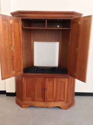 Corner Tv unit for Sale in CT, US