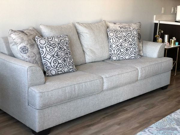 Reevesville Sofa