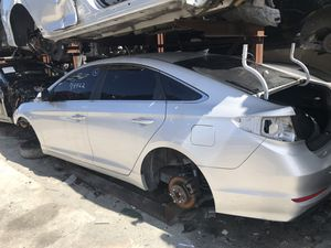 Hyundai Sonata parting out for Sale in Miami Gardens, FL