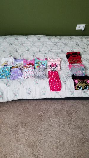 3 toddler pajamas plus 3 long sleeve for Sale in Clifton, NJ