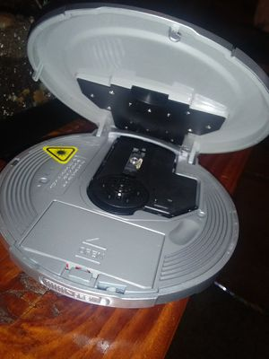 UNIREX. MP3 .CD PLAYER for Sale in Portland, OR
