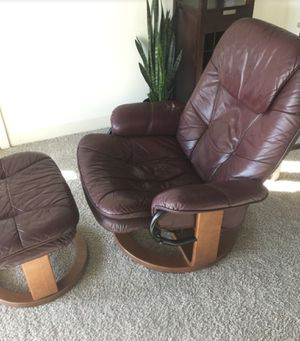 Recliner chair for Sale in Chicago, IL