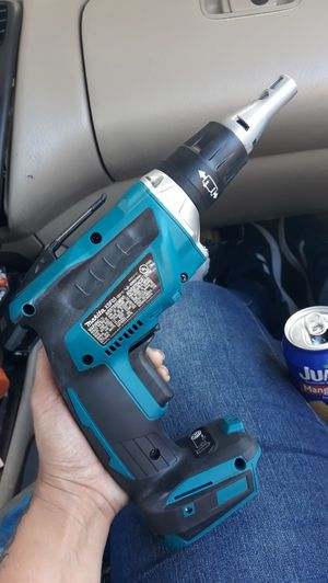 Makita 18v brushless drywall screw gun for Sale in Los Angeles, CA