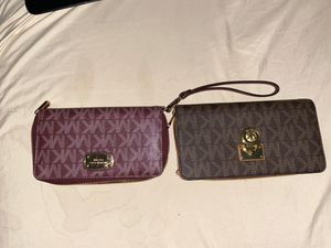 Micheal Kors wallet for Sale in Houston, TX