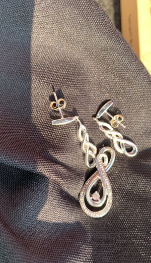 BEAUTIFUL!! Like NEW!! REAL DIAMOND & STERLING SILVER PENDANT & MATCHING EARRINGS ( no necklace) for Sale in Damascus, OR