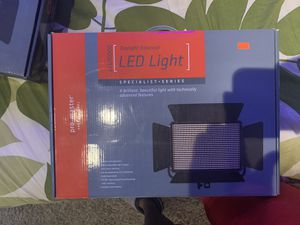 Pro master daylight balance LED light for Sale in Upper Marlboro, MD