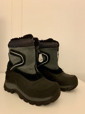 Size 11 toddler snow boots for Sale in NJ, US
