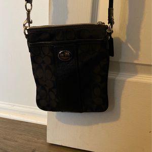 Coach Crossbody Bag. $25 for Sale in Berkeley Township, NJ