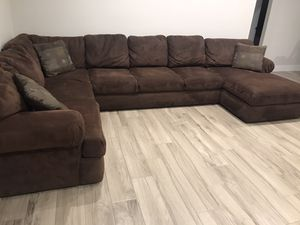HUGE 3-Piece Sectional Couch for Sale in Scottsdale, AZ