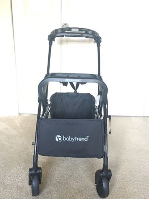 Babytrend Snap n' Go infant car seat carrier for Sale in Bailey's Crossroads, VA