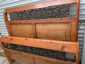 Queen Sleigh Bed Frame for Sale in Stockton, CA