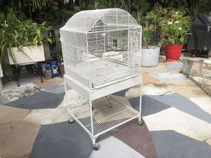 Bird Cage.... Jaula for Sale in Miami, FL