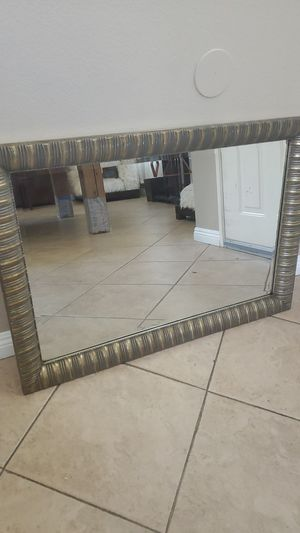 Beautiful Mirror for Sale in Palmdale, CA