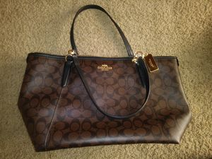 Brand New Coach purse for Sale in Colorado Springs, CO