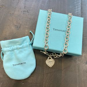 Tiffany & Co Return To Tiffany Heart Tag Toggle Necklace Sterling Silver for Sale in Austin, TX