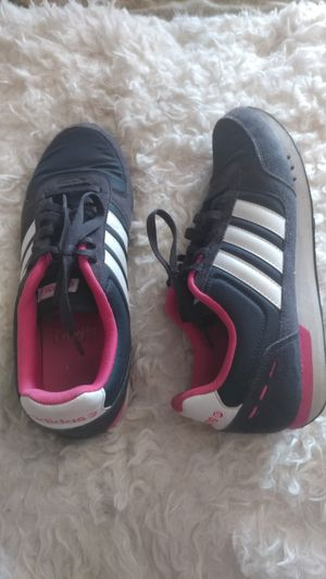 Women's Adidas Shoes Size 9.5 for Sale in Sachse, TX