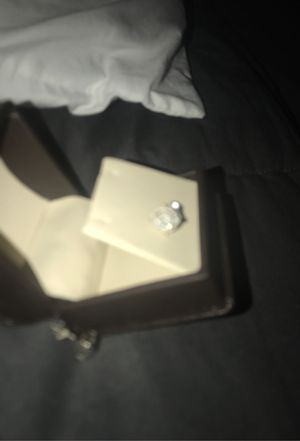 2kt white gold diamond earrings for Sale in Mesquite, TX