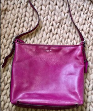 Coach New York Pink Leather Large Tote Shoulder Bag Purse for Sale in Spanaway, WA