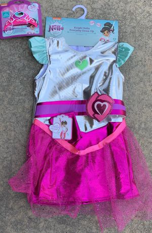NWT Nella the princess knight costume and crown for Sale in Plano, TX