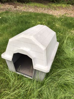 Resin dog house for Sale in Gig Harbor, WA