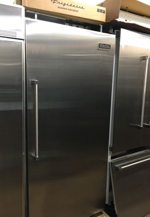 """Viking Professional 36"""" Built In Fridge for Sale in San Diego, CA"""