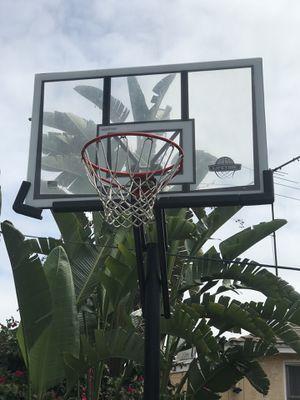 Portable Basketball hoop for Sale in Lakewood, CA