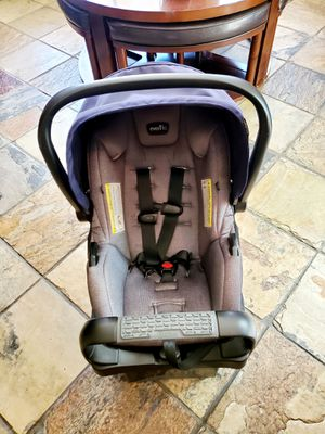 Evenflo Safe Max Infant Car Seat for Sale in Moreno Valley, CA