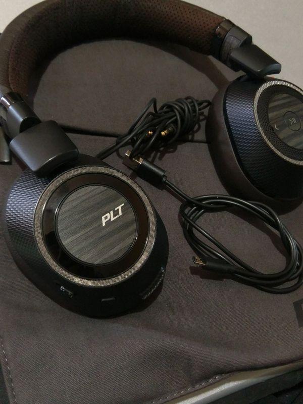 Plantronics Backbeat Pro 2 Bluetooth Headphones