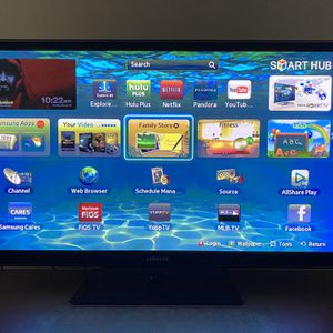 Samsung Series 5+ 550 Plasma TV With 2 Pair of 3D Active Glasses for Sale in Waldorf, MD