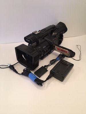 Panasonic DVX-100 B 3CCD MiniDV Video Camera for Sale in Pittsburgh, PA