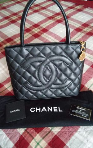Chanel Black Caviar leather medallion tote for Sale in Washington, DC