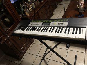Keyboard Casio for Sale in Phoenix, AZ