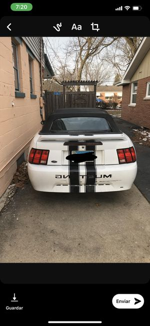 Ford Mustang deluxe convertible 2001 for Sale in Melrose Park, IL