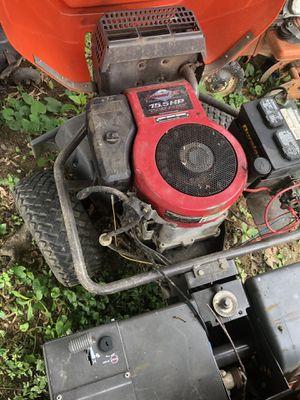 Hidrostátic Rider 16 husqvarna 15.5 hp for Sale in Hendersonville, TN