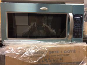 Whirlpool Microwave/Hood Combination for Sale in Leavenworth, WA