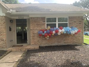7ft balloon garland 4colors for Sale in Houston, TX