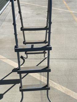 Pool Ladder Grey 3 Step for Sale in Selma,  CA