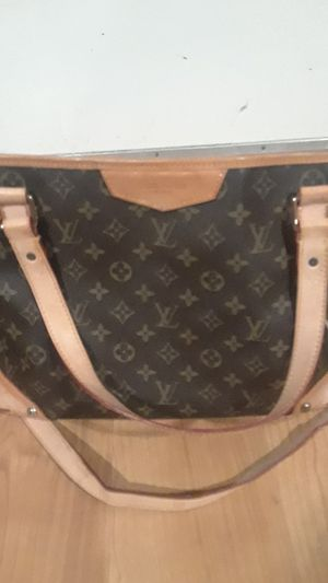 Brand new Louis Vuitton purse for Sale in Union City, CA