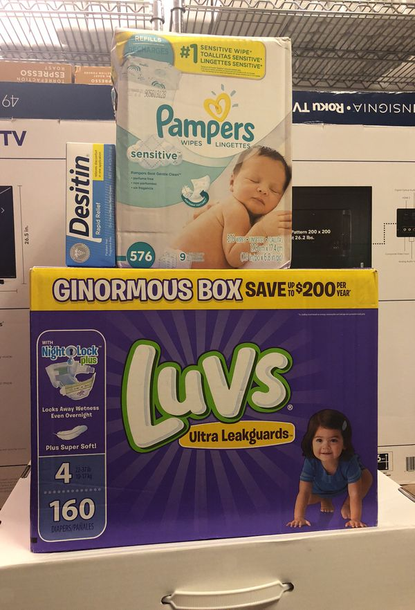 Pamper wipes and diapers