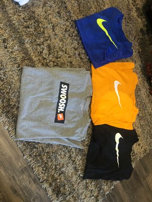 Boys like new large shirts long sleeve and short sleeve lots for Sale in Blue Springs, MO