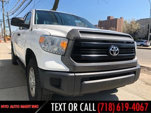 2014 Toyota Tundra 4WD Truck for Sale in Brooklyn, NY