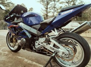 2003 Honda CBR 954 I'm selling Urgently $5OO💥💥 for Sale in Stockton, CA