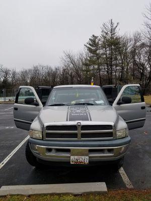 Dodge ram 1500 4x4 v8 magnum a toda pruba for Sale in Gaithersburg, MD