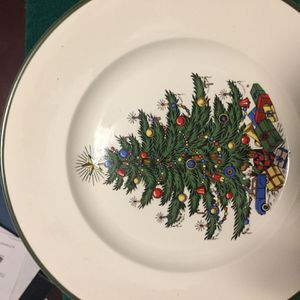 Set of Christmas Dishes! for Sale in Gainesville, GA