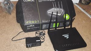 LUXUL Epic 3 AC3100 Gigabit WiFi Router for Sale in Nashville, TN
