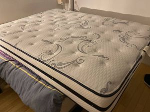 Queen BEAUTYREST Dense Memory Foam Hybrid Mattress, Box Spring & Metal Bedframe +FREE DELIVERY for Sale in Brooklyn, NY