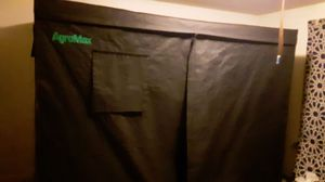 Agromax grow tent with 150w hps light for Sale in Barre, VT