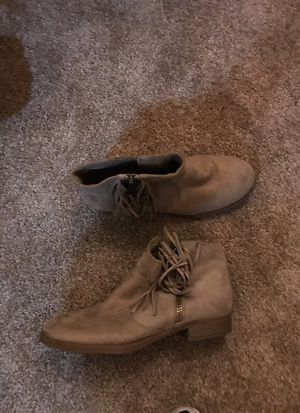 Tan fringe booties size 7 for Sale in La Verne, CA
